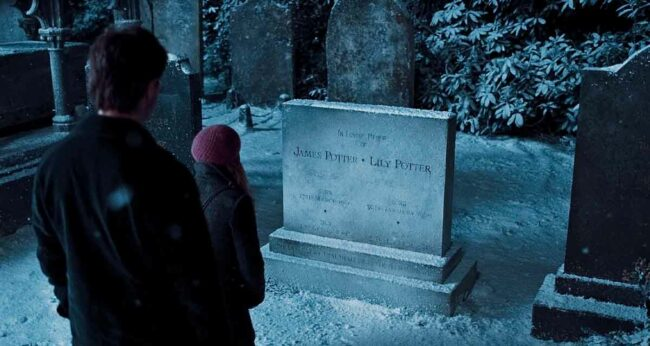 james ve lily potter mezar